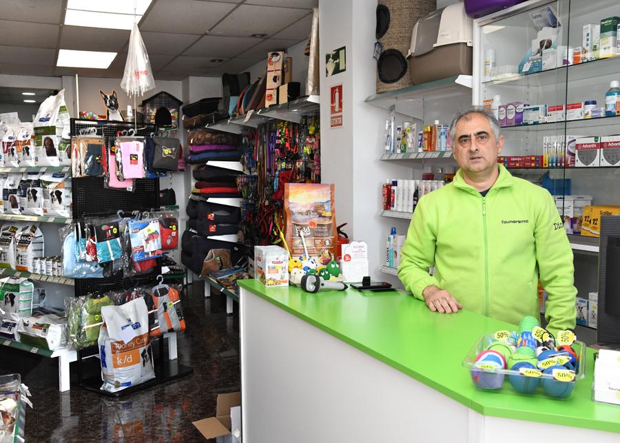 Mostrador botiga faunarama a Cerdanyola