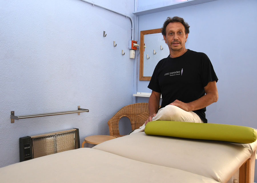 Manipulació visceral a terapeuta Cesc Paredes