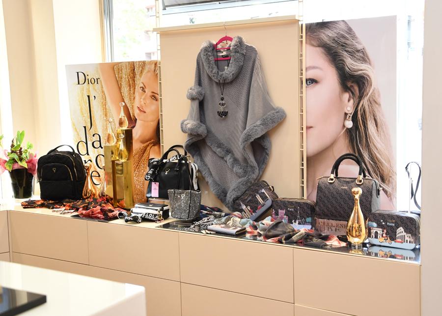 Amplia selecció de complements a Ópalo perfumeria